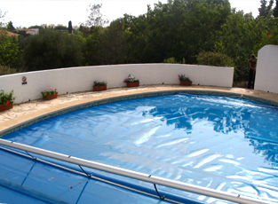 Swimming Pools Bubble Covers, Pool Solar Bubble Covers, Algarve ...