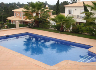 swimming pool refirns in algarve portugal